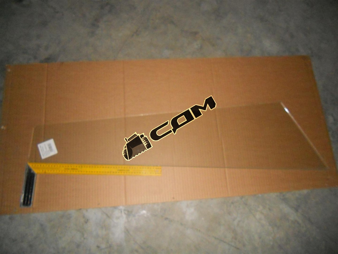 Стекло лобовое боковое 140х340х1020х1170 CDM856  LG856.12-002